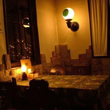 ヨーロッパ調のレトロな雰囲気がオシャレな一軒家レストラン。物語に出てきそうな素敵な一軒家を貸切できちゃうよ★