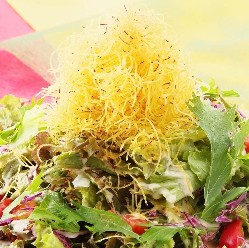 鳴門金時のパリパリ黄金サラダ