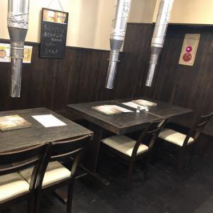 8~10名様でご利用頂けるベンチ席(*^^)v新年会や歓迎会に是非ご利用下さいませ♪
