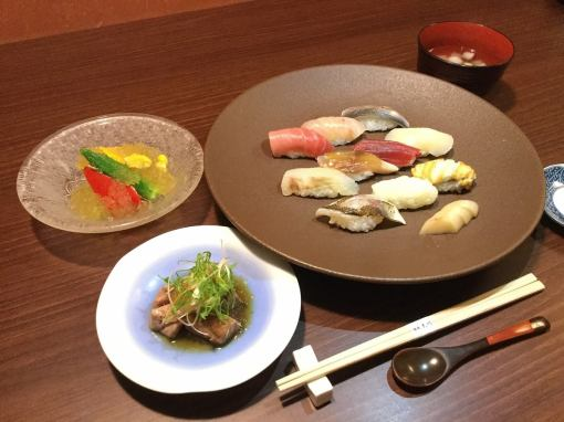 【Month lunch course】 5,000 yen (tax excluded)