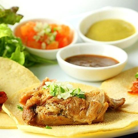 Our shop boasting homemade corn tortilla tacos 【TACOS】 You can order from 1 piece!