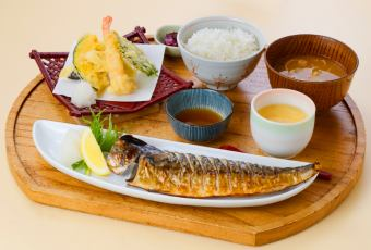 Broiled mackerel (large) and Tenryu set meal