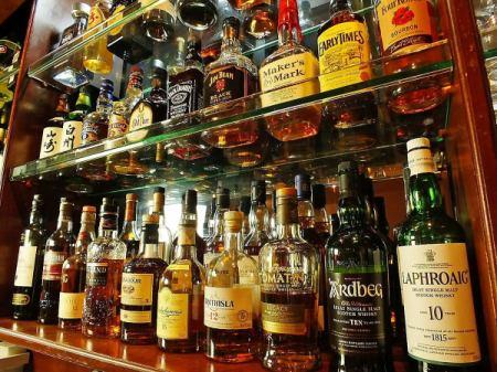 お酒好きにはたまらない、女性に人気のカクテルまで種類が豊富