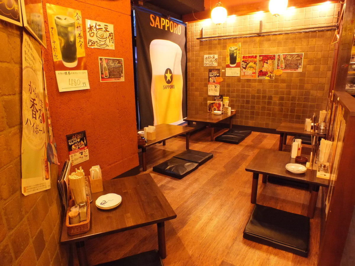 It is a spacious seats of Oshzaki.Even your family and friends are safe.We also accept banquets using all of the house.