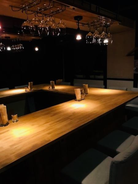 Dining bar where adults can enjoy.The counter set up by renewal is 13 seats in total ☆ Please feel free to even one person ♪