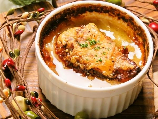 札幌黄のオニオングラタンスープ