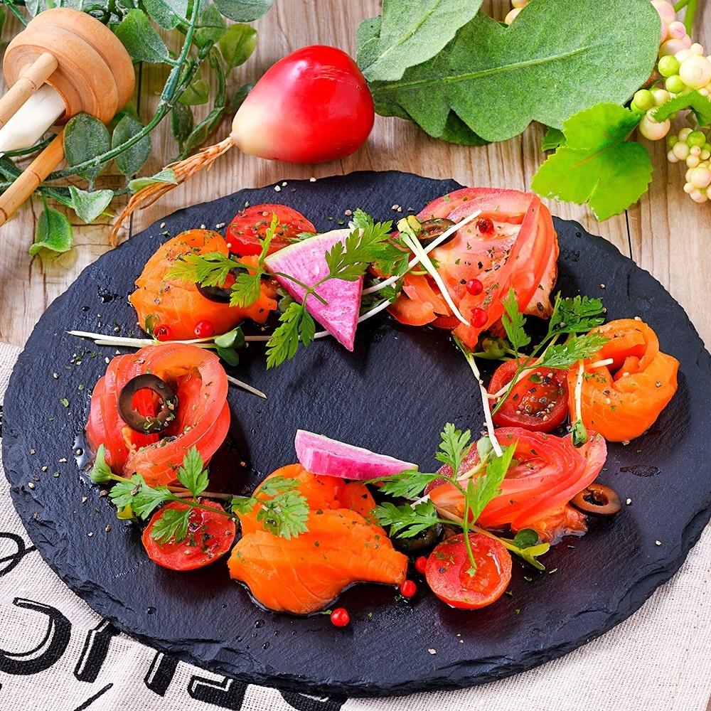Tomato and salmon carpaccio