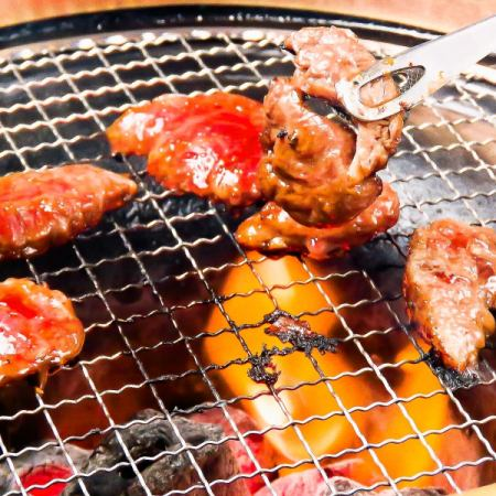 各方◎華麗的肉類當然4000日元所有你可以喝120分鐘