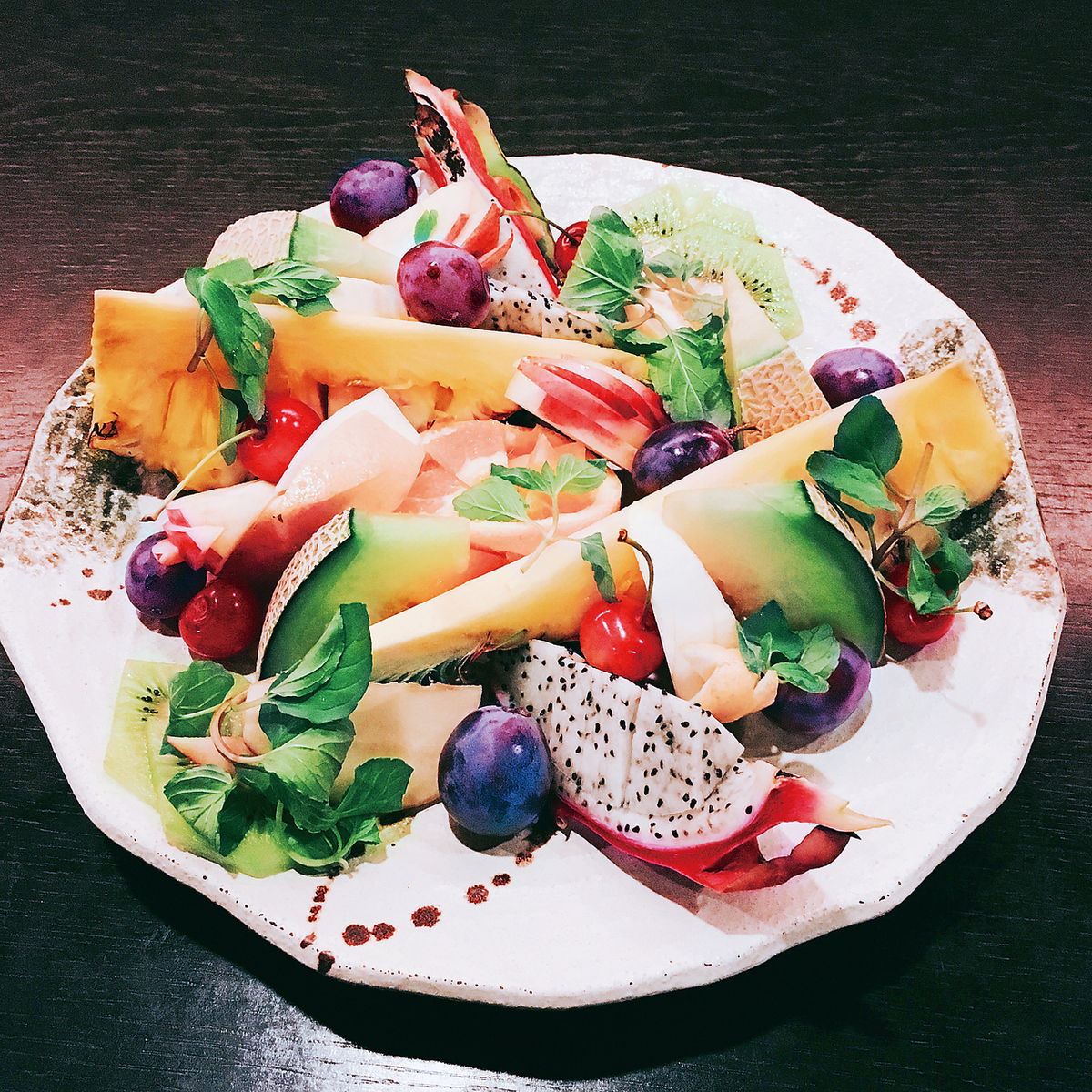 Assorted fruits (4 to 5 people)