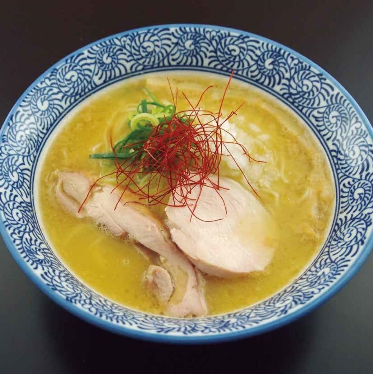 濃厚鶏白湯そば