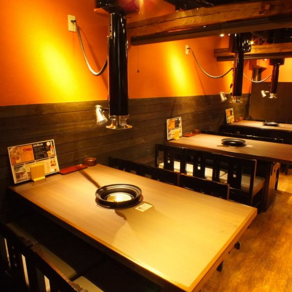 【Recommendation for families and groupers】 There are 18 table seats for small meals of up to 4 people.