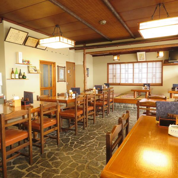 We offer a relaxing and relaxing seating area for 2 to 6 people.A shopkeeper who loves soba will treat you with all your heart.