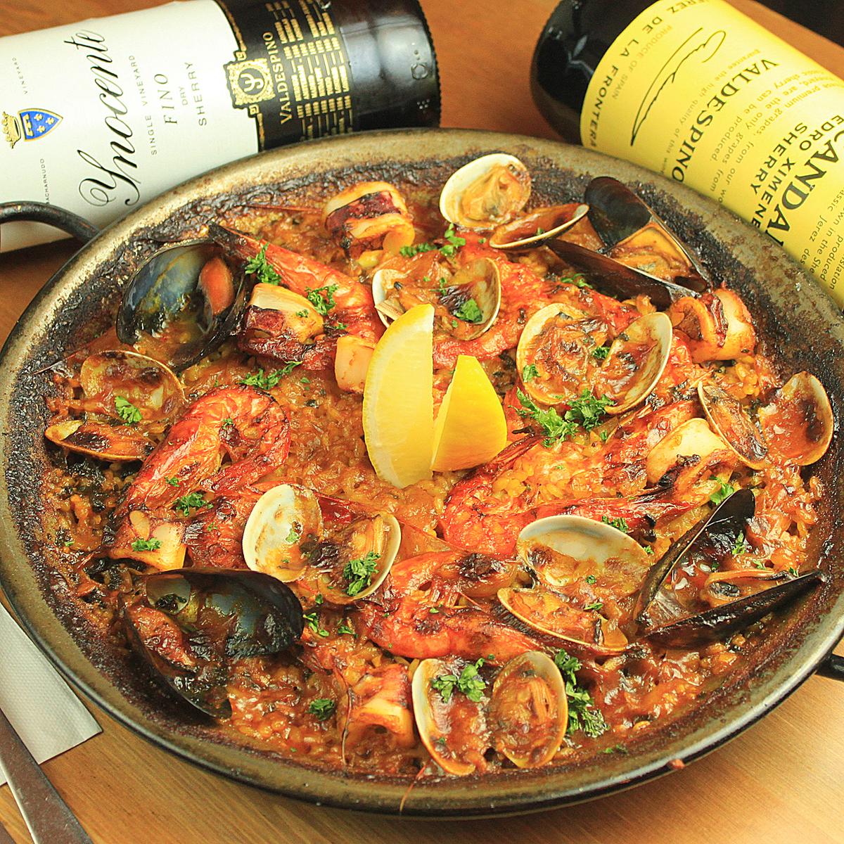Plenty of seafood Paella