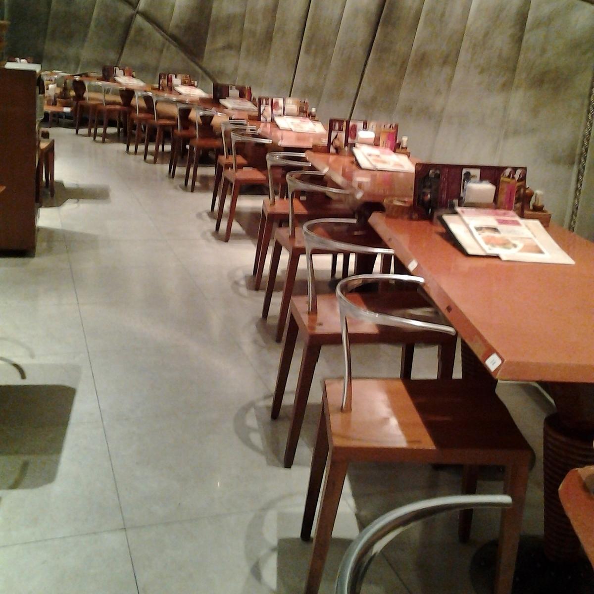各種ご宴会・ご会食に♪大人数の宴会が可能 最大200名(1階・2階フロアー貸切)