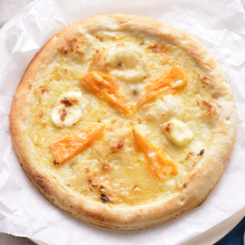 四个芝士披萨