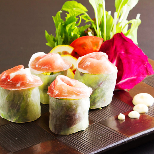 Raw spring roll of the season