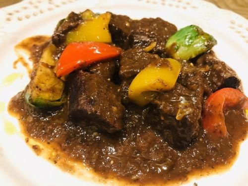 [April limited menu] Stewed beef tongue with red wine