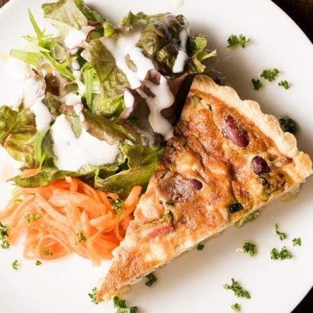 ★気軽に楽しむ★「ライトプラン」 人気のキッシュ、肉料理、パスタ、デザートあり