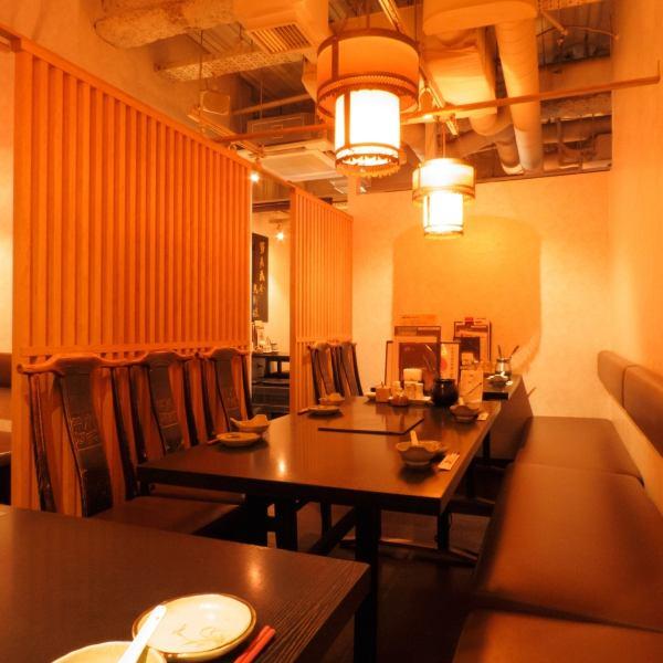 桌椅非常適合舉辦宴會和私人宴會!通過連接,您還可以用於超過10人的中型宴會!在放入火鍋的同時享受愉快!