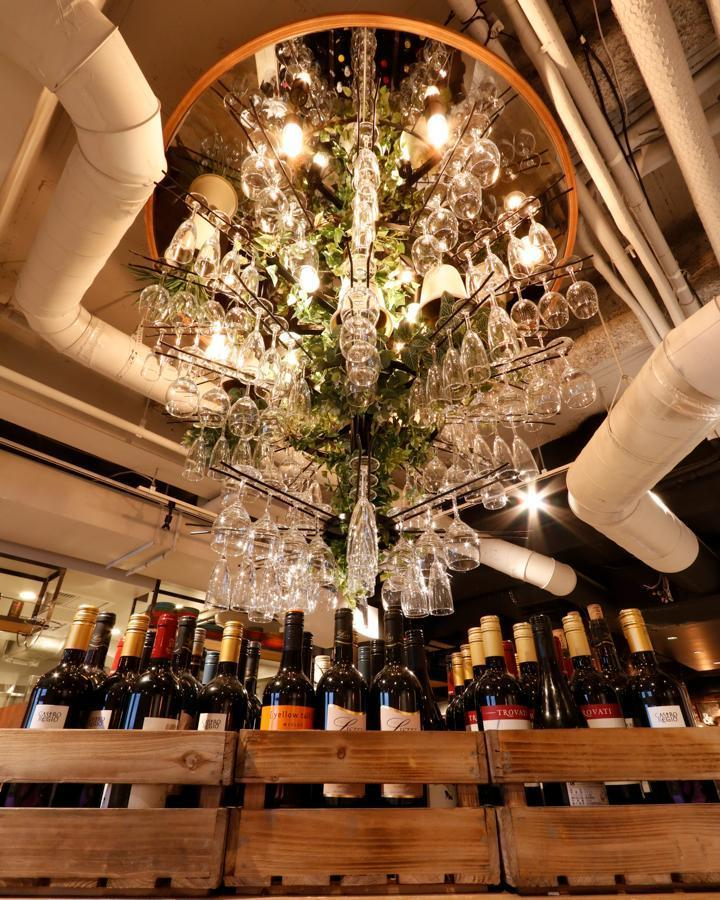Lunch Limited ★ Wine Buffet & Other Alcohol Drinks