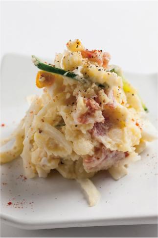 ミラノサラミと地養卵のポテトサラダ