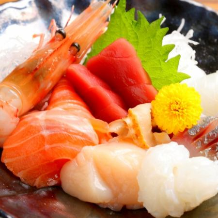 今天OK!«次郎的推荐套餐»低温煮熟的肉·生鱼片等8个一体式2H饮用3000日元