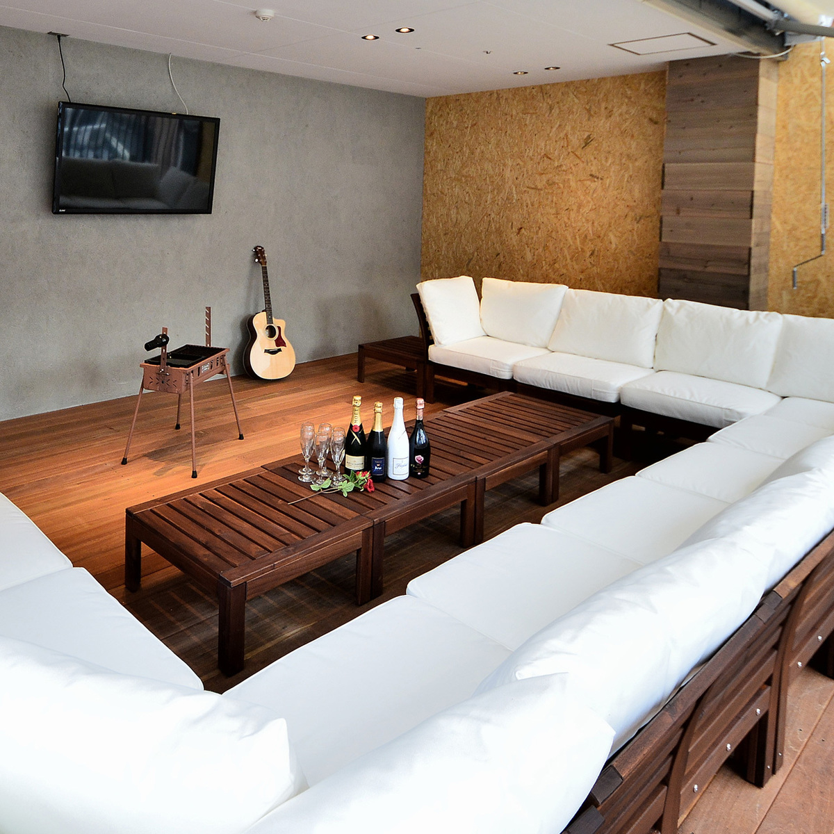 VIP room with monitor and roof sofa