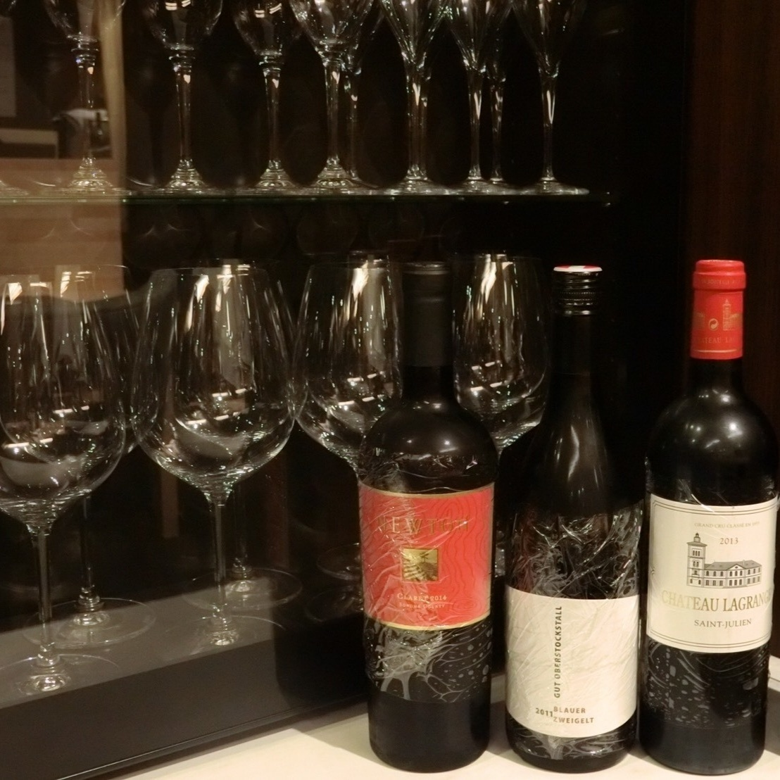 상시 70 종류의 와인을 갖추고 있습니다!