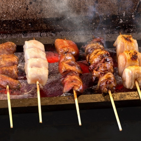 Recommended skewers are baked with Bincho charcoal firmly!