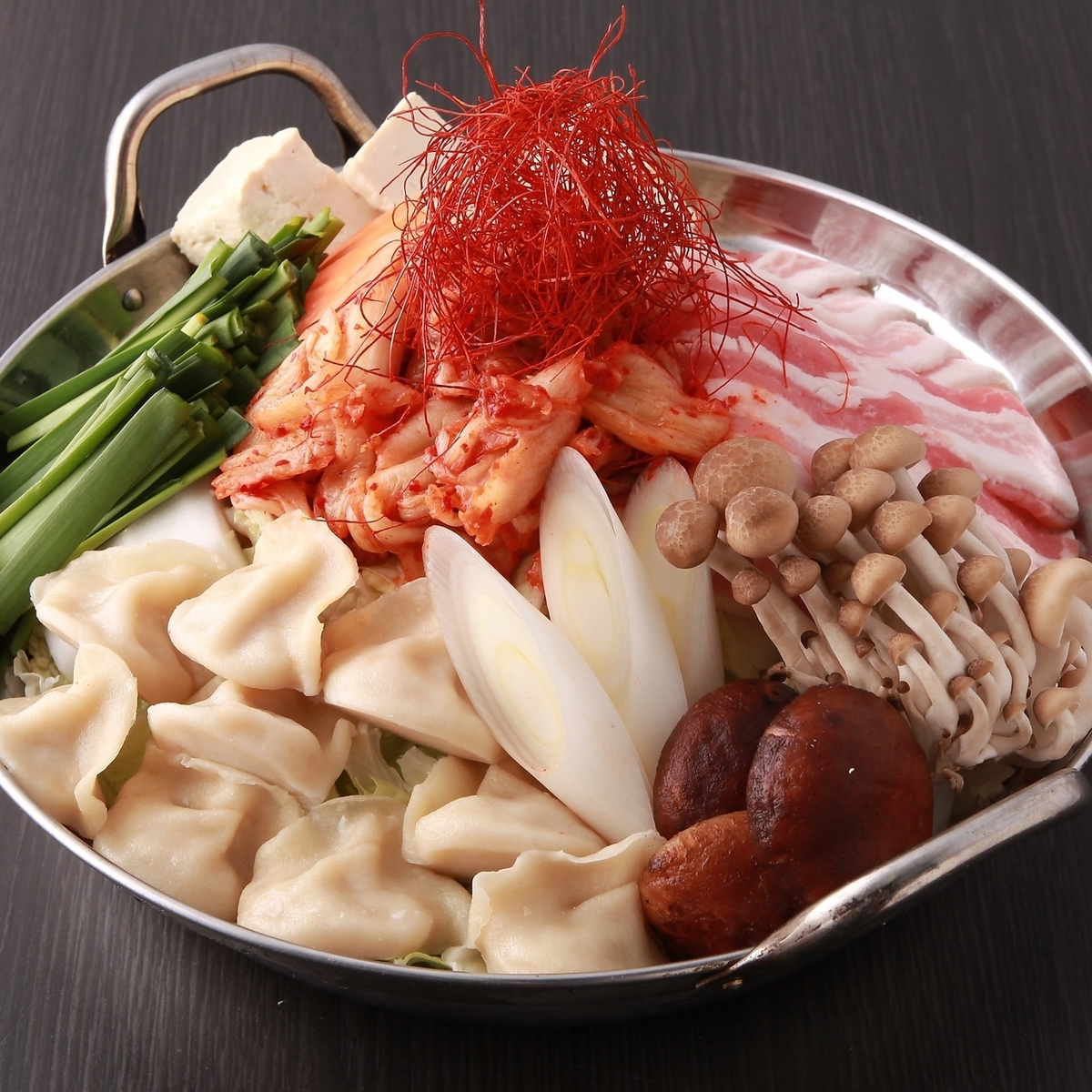 【Kanda Kawa Toshiro監督】Kuro豬餃子配馬辣泡菜火鍋