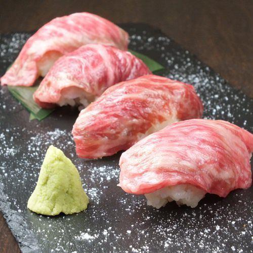 アラカルト肉料理も充実☆大人気こだわりのお肉