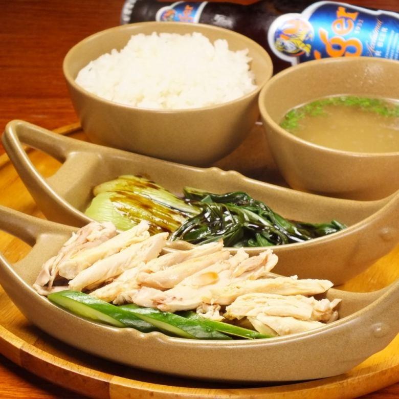 Hainan chicken rice (steamed)