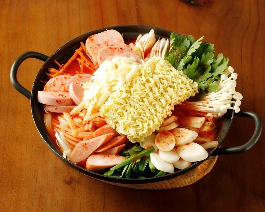 大人気☆サムギョプサル・韓国料理・鍋!女子会、宴会にオススメ