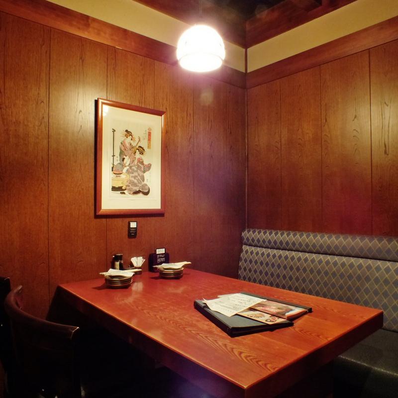 少人数でのご宴会に最適なテーブル個室のお席