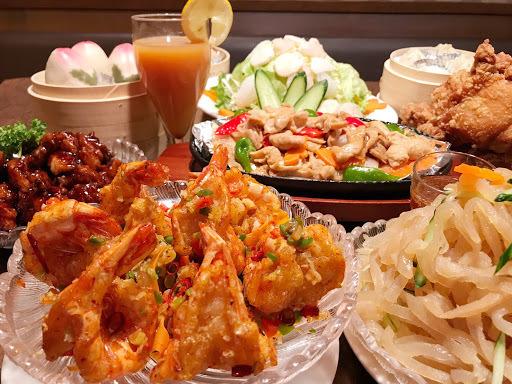 東松山の中華、台湾料理 王府 東松山店のホームページです。お店の基本情報やおすすめ料理の「お昼コース1590円~!夜コース1990円~◆リーズナブルにご宴会(2名様~)◆」「◆たっぷり台湾料理◆2H食べ飲み…