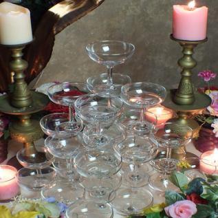 シャンパンタワーご用意。結婚Party,2次会等に◎