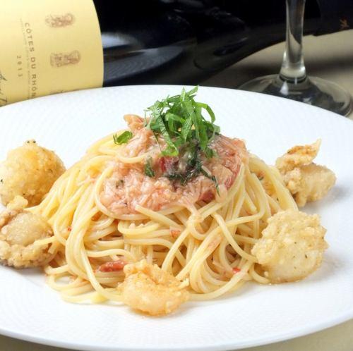 魚介たっぷり シーフードスパゲッティ(トマト)/及びシーフードクリームスパゲッティ