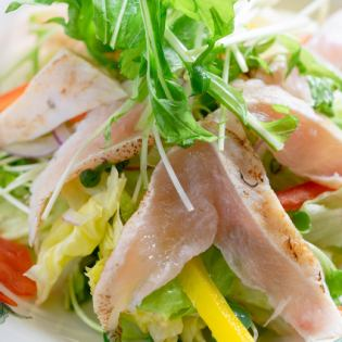 富士の鶏のサラダ