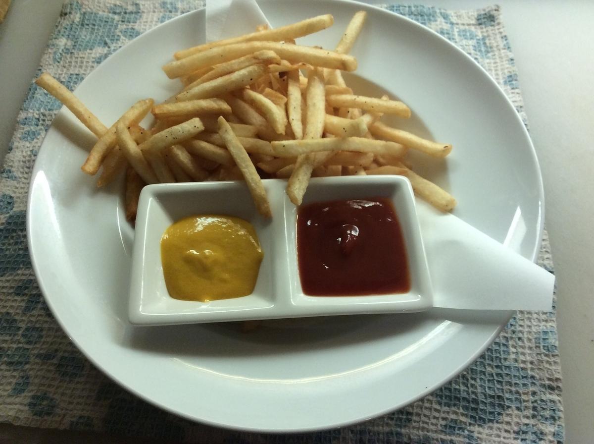 ■土豆薯條(配芥末醬)