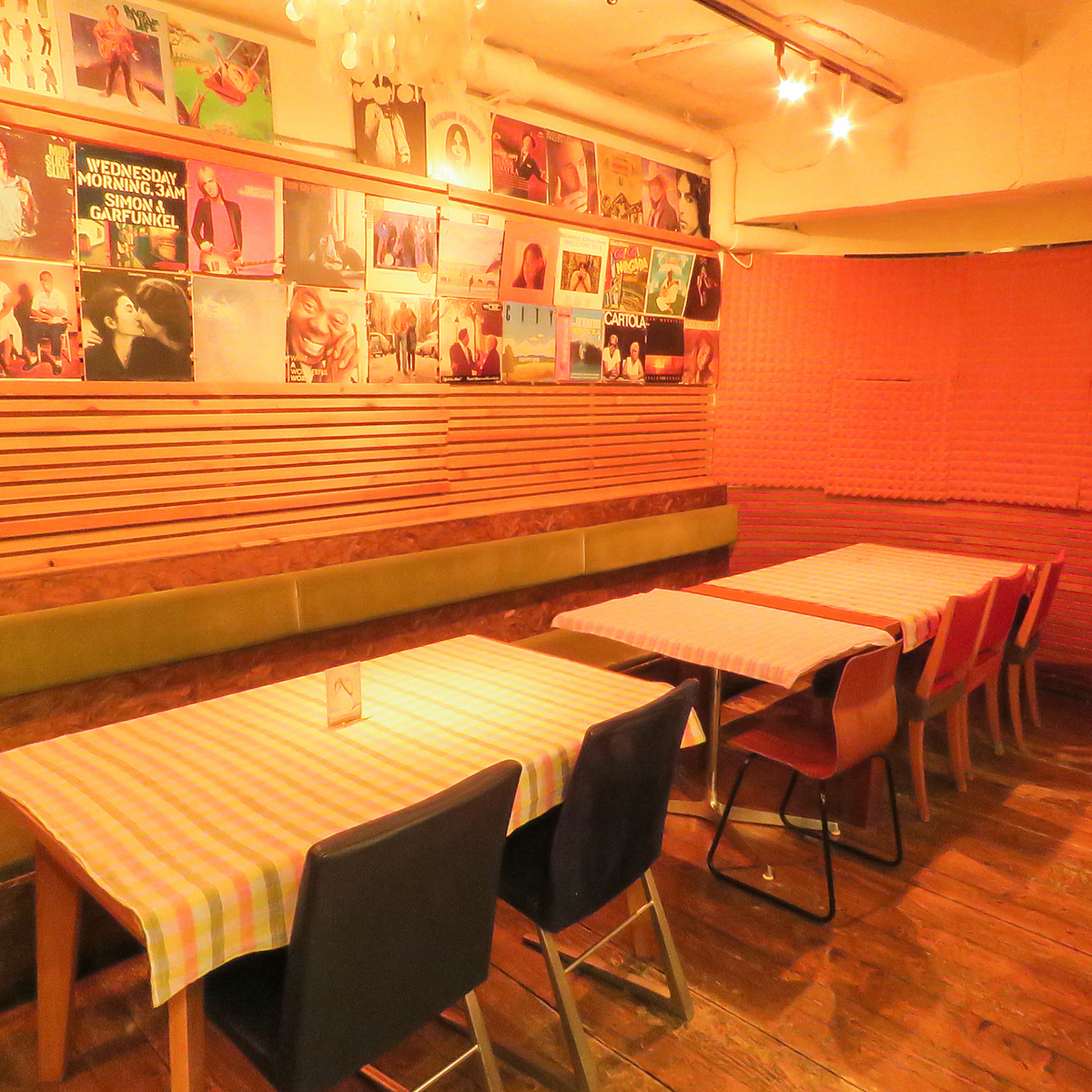 We prepare various types of tables! We can join the tables and adjust it ♪ A total of 45 seats fully equipped! Up to 45 people OK! We will also reserve for private ◎ Your scene · number of people We will guide you accordingly! Feel free to contact us, budget consultation ♪ ※ photos are an example