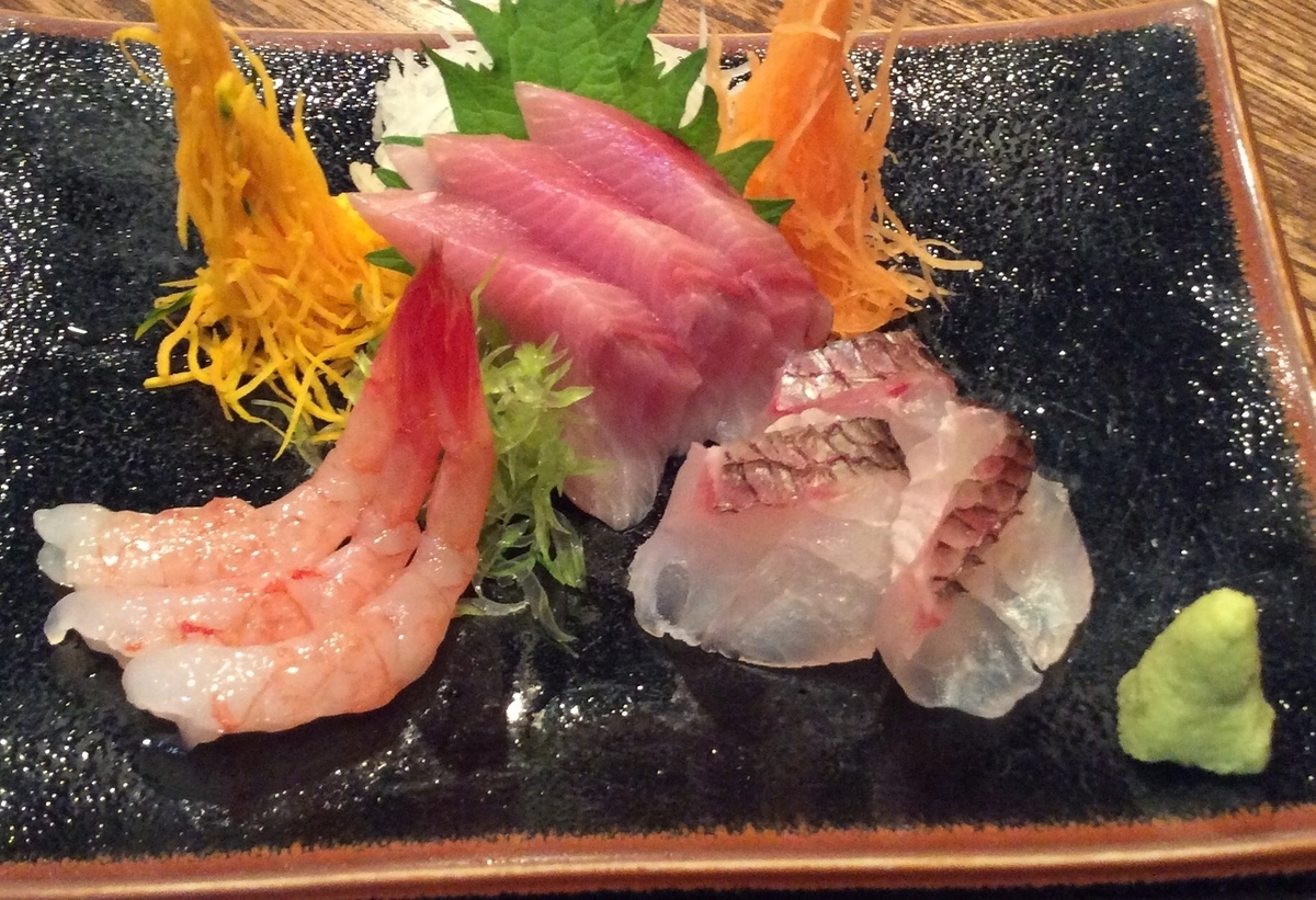 Assorted sashimi (for one person)