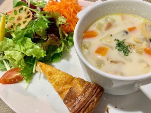 수프 접시