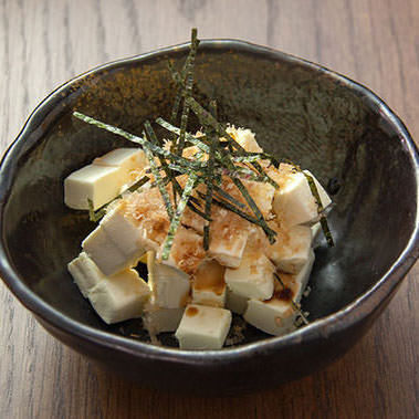 Sprinkle with cream cheese soy sauce