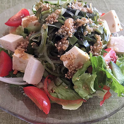 Tofu and seaweed, Choregisa salada