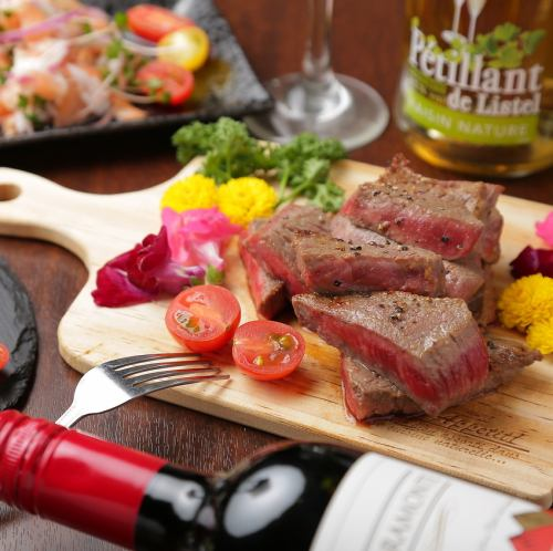 Wagyu beef all-you-can-eat course and meat sushi all-you-can-drink course!