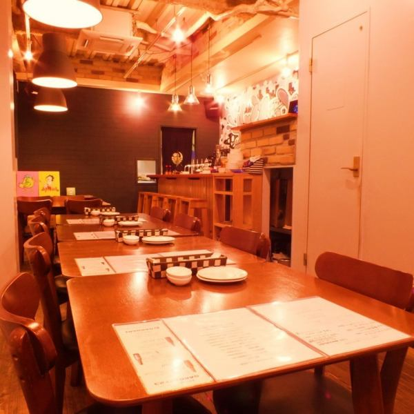 The table seating can be used from 1 person to 8 people.Please choose your favorite craft beer ☆