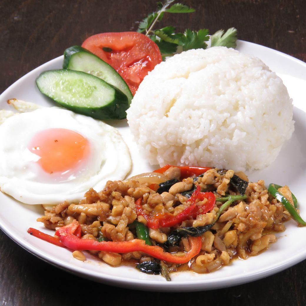 大満足の本格タイ料理が楽しめます!