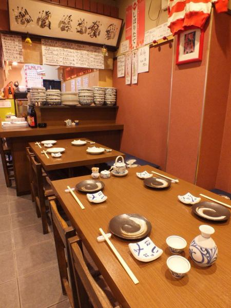 Besides digging tatami room, table seats are also available.Private rooms can be banquished from 15 people to a maximum of 23 people.Please also use it for the year-end party, the New Year's party, and the farewell reception party.