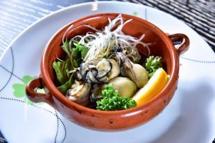 广岛牡蛎Negipon醋//广岛牡蛎蒸白葡萄酒