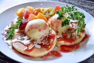 AJO's luxury pancake with plenty of fruit